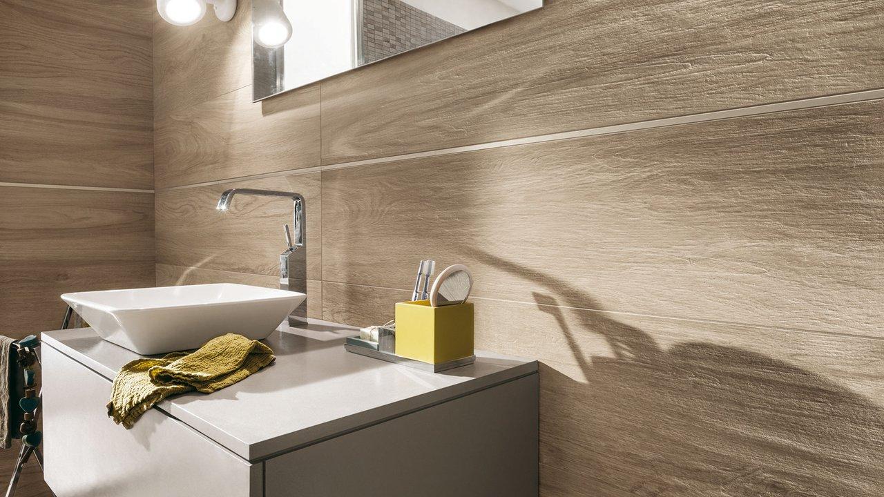Detail - Piastrelle effetto legno per bagno ...